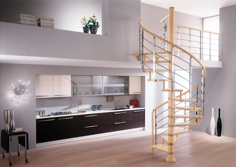 Scale per interni a Brescia  Portesi - Produzione e posa di strutture e coperture in legno
