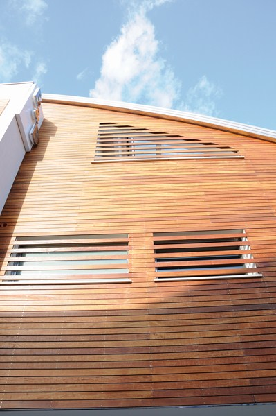Rivestimenti per esterno in legno a Brescia  Portesi