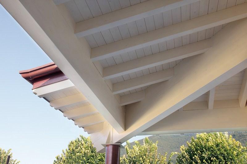 Tetti in legno a brescia portesi produzione e posa di - Casa con tetto in legno ...